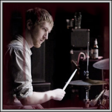photo of drummer Dan DeMuth